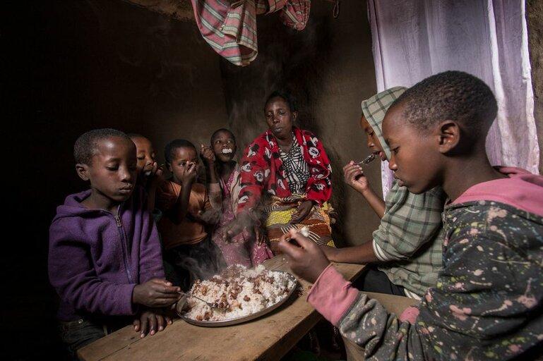 Hungern i världen fortsätter att öka enligt ny FN-rapport